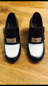 Chane women's classic shoes, bag , LV, Gucci, Burberry shoes.