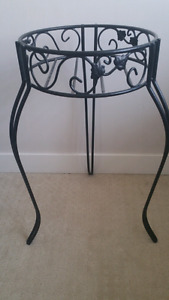 Flower pot stand (negotiable)