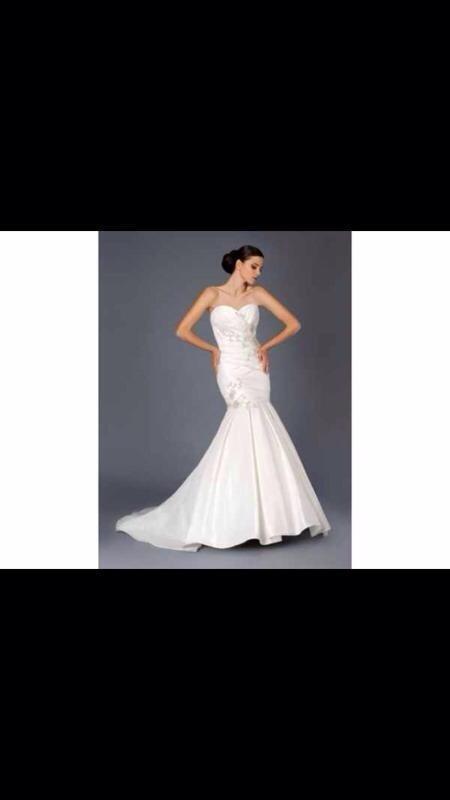 Stunning Mark Lesley Wedding Dress Buy Sale And Trade Ads