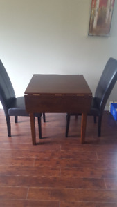 Beautiful Square Table, Perfect for Apartments