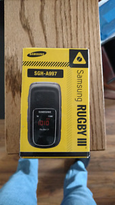 Rugged dust proof Rugby3 flip cellphone
