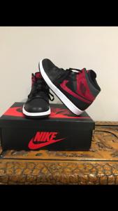 Air Jordan 1 mid half bred mens size 9.5
