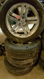 Dodge magnum wheels and P225/60R18 tires like new