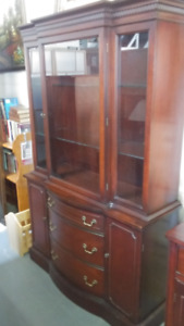 Really nice vintage hutch in great condition