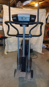 Elliptical Machine - Nordic Track CX990