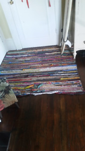Recycled Fabric Rug - 4'x4.5'