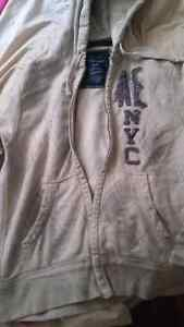 American Eagle Sweater Size Large.