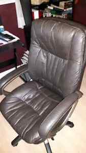 Gorgeous genuine leather office chair