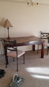 Kitchen table and 2 chairs