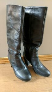Black leather winter boots