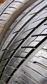 Tyres 2 x 215/50/17