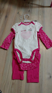 Childrens place 3 piece baby girl outfit size 6-9m
