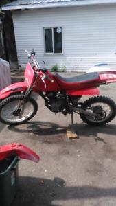 2002 xr200r