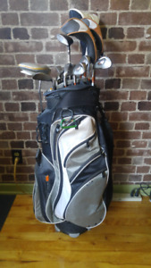 1 Set of left handed golf clubs