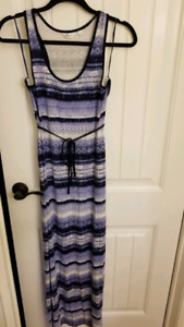 Maternity Maxi Dress: Size Medium