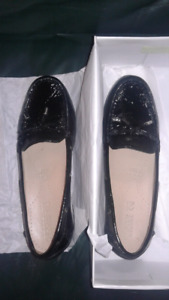 Geox Respira Italian Patent Leather Shoes Sz 40