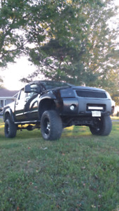 LIFTED NISSAN TITAN crew cab tons of upgrades