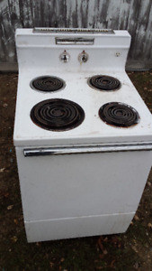 "Vintage 24"" General Electric stove"