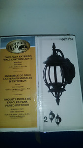 2 Exterior light fixtures black