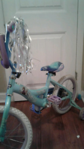 Frozen girls bike