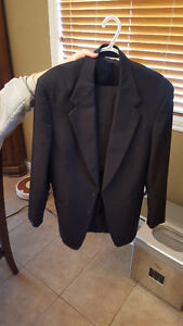 Men's or Youth Suit perfect for Graduation