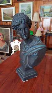 """VERY LARGE GREEK OR ROMAN STYLE BUST SCULPTURE 22"""" TALL 12"""" WIDE West Island Greater Montréal image 2"""