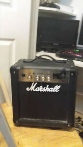 Marshall Amp MG 10 Mint