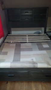 Bed Frame/Headboard (no box spring needed) QUEEN SIZE