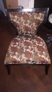 Gorgeous Chair in Mint Condition - Beiges, browns, reds