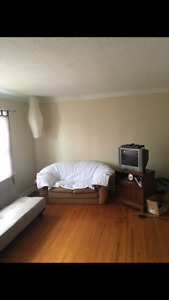 Female Roomate - $475All Incl. - Close to SLC