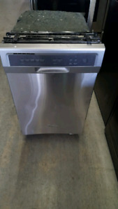 "WHIRLPOOL 18"" STAINLESS STEEL DISHWASHER"
