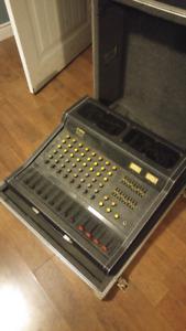 Yamaha EM200 Powered Mixer REDUCED