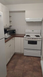 FURNISHED condo apartment - 1 bedroom - wifi, cable TV, monthly West Island Greater Montréal image 6