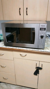 1200 Watt Panasonic Microwave