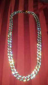 """Trade Thick 30"""" Diamond Studded silver Chain for iPhone 6/6 Plus"""