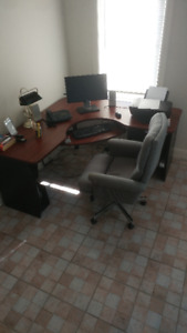 Home office and chair. Check other ads