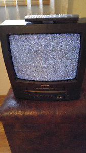 Toshiba tv/vcr combination