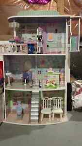 Dollhouse;Maze Cube;Princess Playset;Scooter;Stroller; Other toy Kitchener / Waterloo Kitchener Area image 1