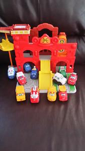 Playskool Tonka Chuck & Friends Fold & Go Firestation