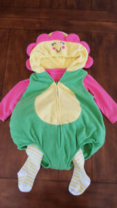 Girl Carters Flower Costume (Size 12 months)