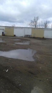 KITCHENER BUILDING AND LARGE YARD FOR LEASE Kitchener / Waterloo Kitchener Area image 3