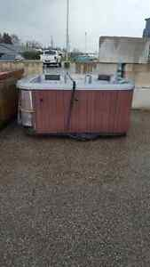 2 FREE HOT TUBS - AS IS London Ontario image 3
