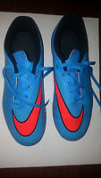 NIKE - Hypervenom Phade Cleats Youth Size 5Y