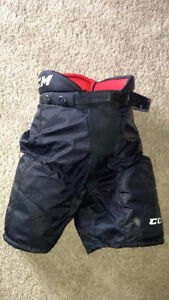 CCM Hockey pants  Size youth med  21-23""