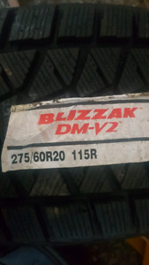 Blizzak DM-V2 winter tires 275/60/R20