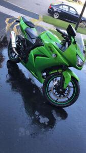 2012 Kawasaki Ninja 250 FOR SALE