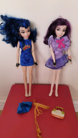 Mal and evie disney descendants dolls