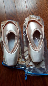 Grishko and Bloch pointe shoes