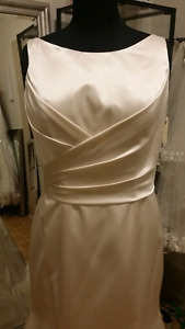 Brand New Alfred Angelo style # 2509 gown