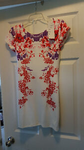 Woman's Floral Dress Size Small New, Never worn, with tags